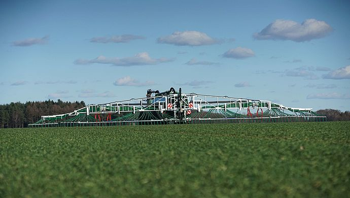 SwingMax - the dribble bar system for liquid manure tankers by Vogelsang