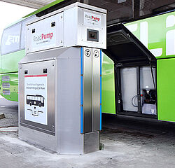 RoadPump - The waste water disposal from buses by Vogelsang