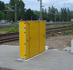 [Translate to Italiano:] CabinetUnit by Vogelsang - Water supply and waste water disposal station in a cabinet design