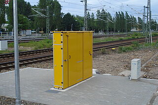 [Translate to English (UK):] CabinetUnit by Vogelsang - Water supply and waste water disposal station in a cabinet design