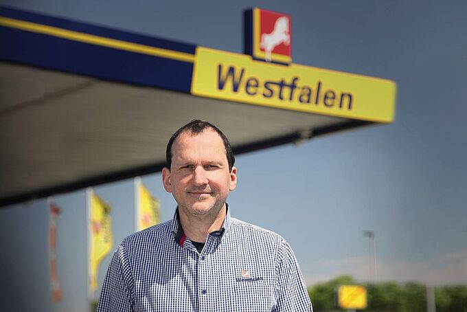 Frank Wadlinger, Westfalen petrol station in Münster, Germany